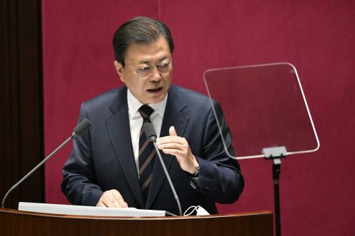 South Korea's leader vows final push for talks with North