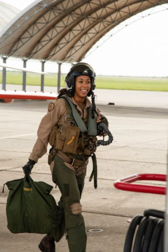 Officer Becomes U.S. Navy's First Black Female Tactical Jet Pilot