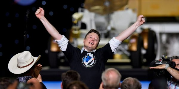 Elon Musk's SpaceX has accepted dogecoin as payment for a Moon mission