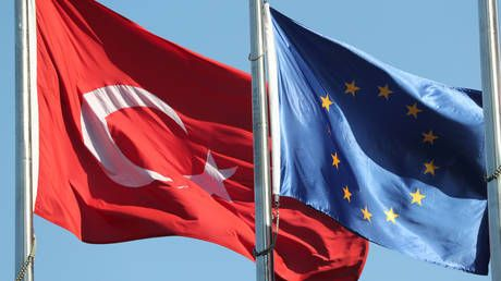 Turkey summons EU, German & Italian envoys over attempt to search Libya-bound ship for weapons