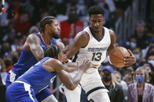Morant scores 28, leads Grizz to 120-114 win over Clippers