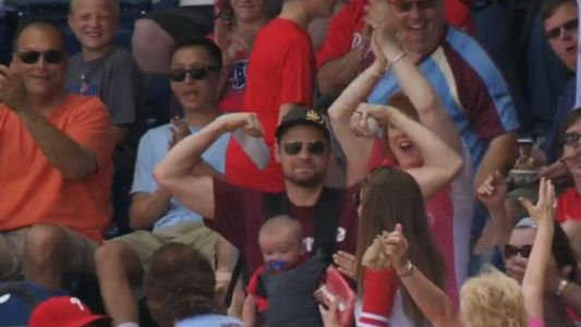 Phillies fan who made barehanded grab uses viral catch to promote job search on LinkedIn