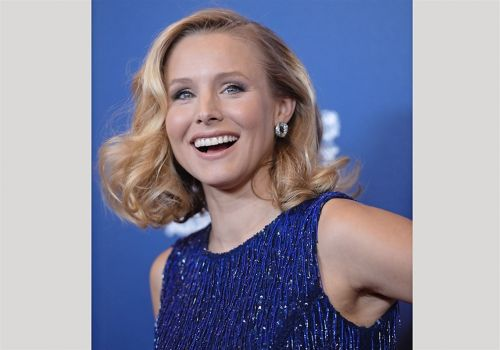 Kristen Bell, Dax Shepard hiring counselors for its virtual camp for kids