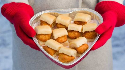Forget chocolates, Chick-fil-A offering heart-shaped tray of chicken nuggets