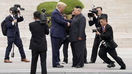 Kim Jong-un has 'everything to lose' & doesn't want to break our 'special relationship' - Trump
