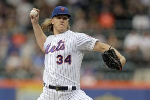 Mets RHP Syndergaard exits with strained right hamstring