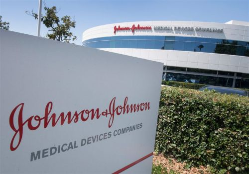 US advisers endorse single-shot COVID-19 vaccine from J&J