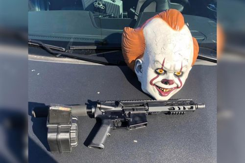 California cops pull over driver with AR-15, 'It' clown mask