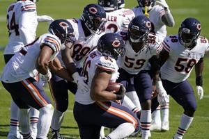 Bears DT Hicks, QB Foles both inactive for Packers game