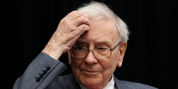 Warren Buffett should cut his $110 billion Apple stake, veteran Berkshire Hathaway investor says