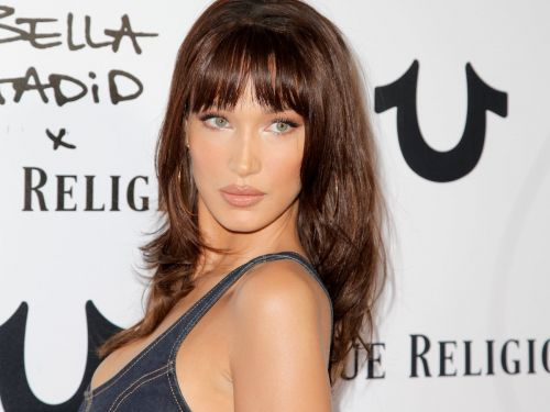 Bella Hadid wore a jean bustier with capris, and her all-denim outfit will give you major 2000s flashbacks
