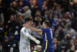 Penalties for Chelsea, smoother for Arsenal to win in cup