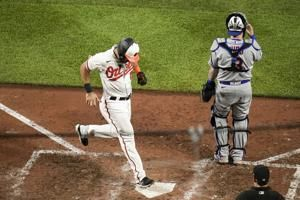 Orioles still rolling on offense, rout Mets 10-3