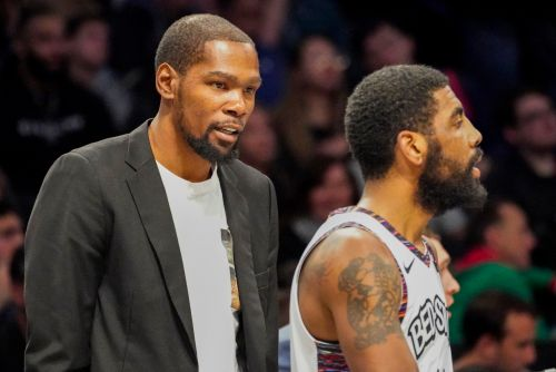 Kyrie Irving, Kevin Durant giving 'brutally honest' input on Nets coaching hire