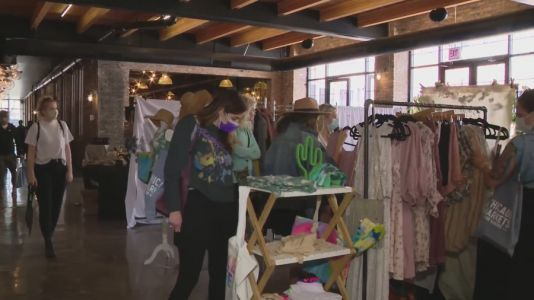 Pop-up market for makers comes back to Chicago