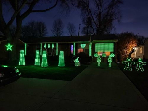 Brighten up your quarantined spring break with Louisville light show