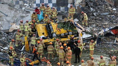 Building collapses in South Korea, injuring 8 people
