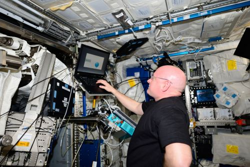 Long Space Missions Can Change Astronaut Brain Structure and Function