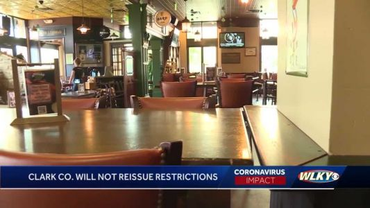 Clark County eases COVID-19 restrictions at bars, restaurants following dip in cases