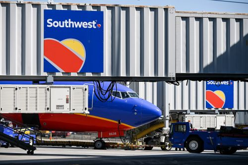 Southwest Airlines grounds its entire fleet amid giant computer outage