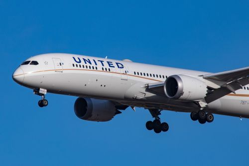 United launches 17 new point-to-point flights to Florida, following a budget airline strategy that could help it cash in on holiday travel