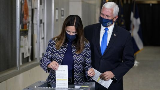 Pence Votes Early In Indianapolis, Trump To Vote This Weekend In Florida