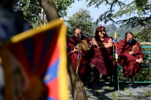 Exiled Tibetans Suffer as WeChat Bans Leave Home Even Further Away