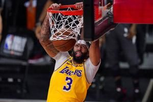 Lakers, LeBron roll in Game 1 of finals, top Heat 116-98