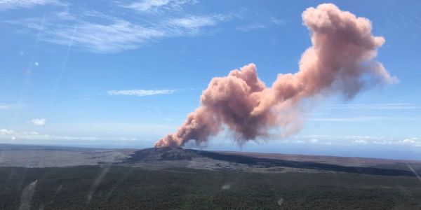 'Explosive eruption' at Kilauea volcano in Hawaii