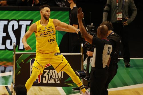 Stephen Curry wins NBA 3-point shooting contest in dramatic fashion