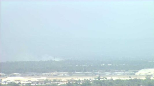 Several structures threatened as crews battle Sacramento County fire