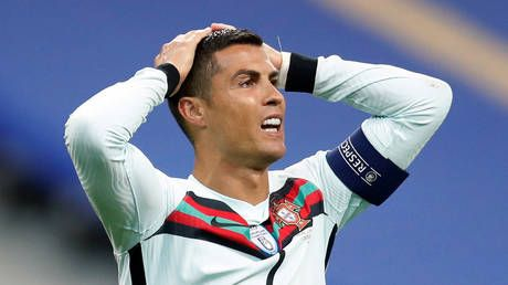 'He did not respect the protocol': Italy's sports minister says Cristiano Ronaldo is under investigation for BREAKING quarantine