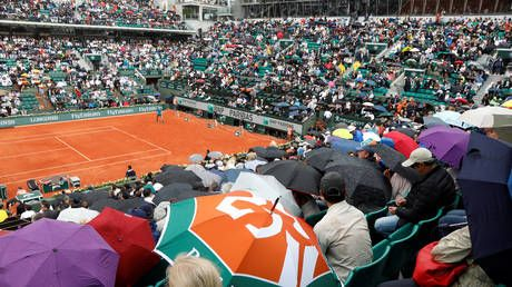 'We can re-open restaurants and shops, but can't invite spectators': French Open boss not happy with behind-closed-doors plan