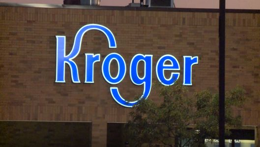 Kroger to continue to require customers to wear masks in stores, despite new CDC guidance