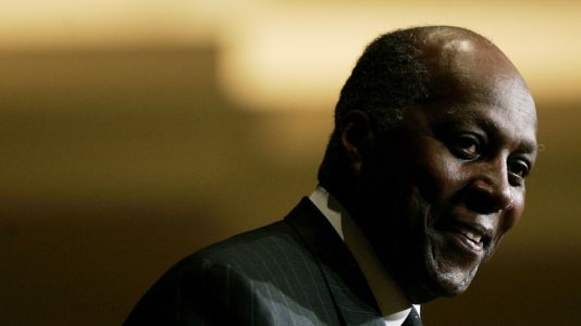 Vernon Jordan, civil rights activist, former Clinton advisor, dies