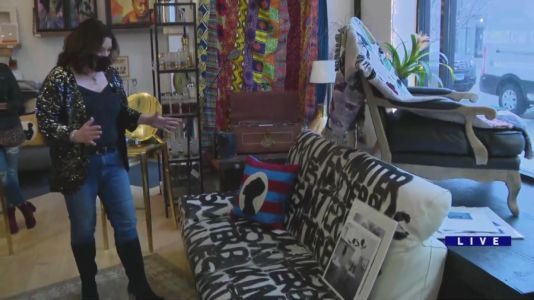 'Recycled Modern' in Lakeview offers wide range of art, antiques and furniture