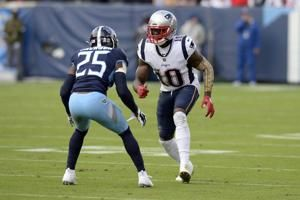 Gordon back with Patriots while on non-football injury list