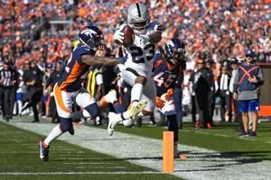 Kenyan Drake provides dual-threat opportunities for Raiders