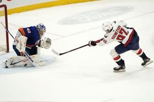 Kuznetsov lifts Capitals past Islanders 1-0 in shootout