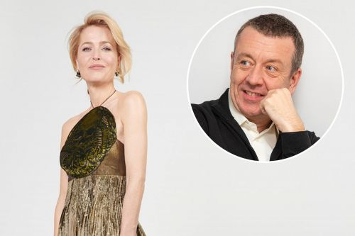 Gillian Anderson thanks Peter Morgan at Golden Globes amid reconciliation rumors