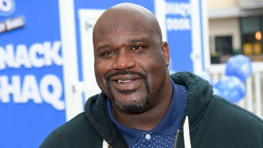 Shaquille O'Neal shows skill in AEW 'Dynamite' match before getting sent through tables