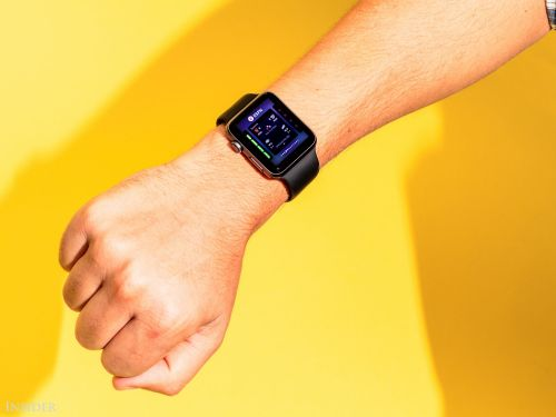 An unprecedented study suggests the Apple Watch can help detect heart problems. But very few people actually used it to do that