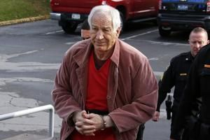 Judge takes himself off Jerry Sandusky resentencing case