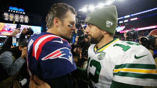 Tom Brady congratulates Aaron Rodgers on becoming a 'shareholder of the Bears'