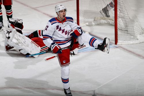 Rolling Rangers sweep Devils, hand NJ 5th straight loss