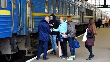 Nein, we didn't sign! Germans say they are not TAKING OVER Ukraine's railroads for 10 years after PM tags Deutsche Bahn