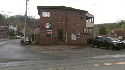 Lawsuit accuses two bars of serving 'visibly intoxicated' driver shortly before fatal crash