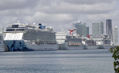Coast Guard: Cruise ships must stay at sea with sick onboard
