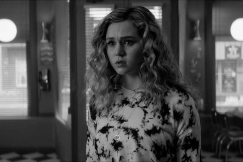 'DC's Stargirl' Goes Black and White in This Sneak Peek From Next Week's Episode