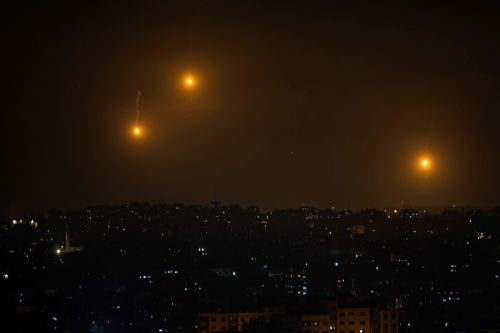 Palestinians, Israel trade new rocket fire and airstrikes